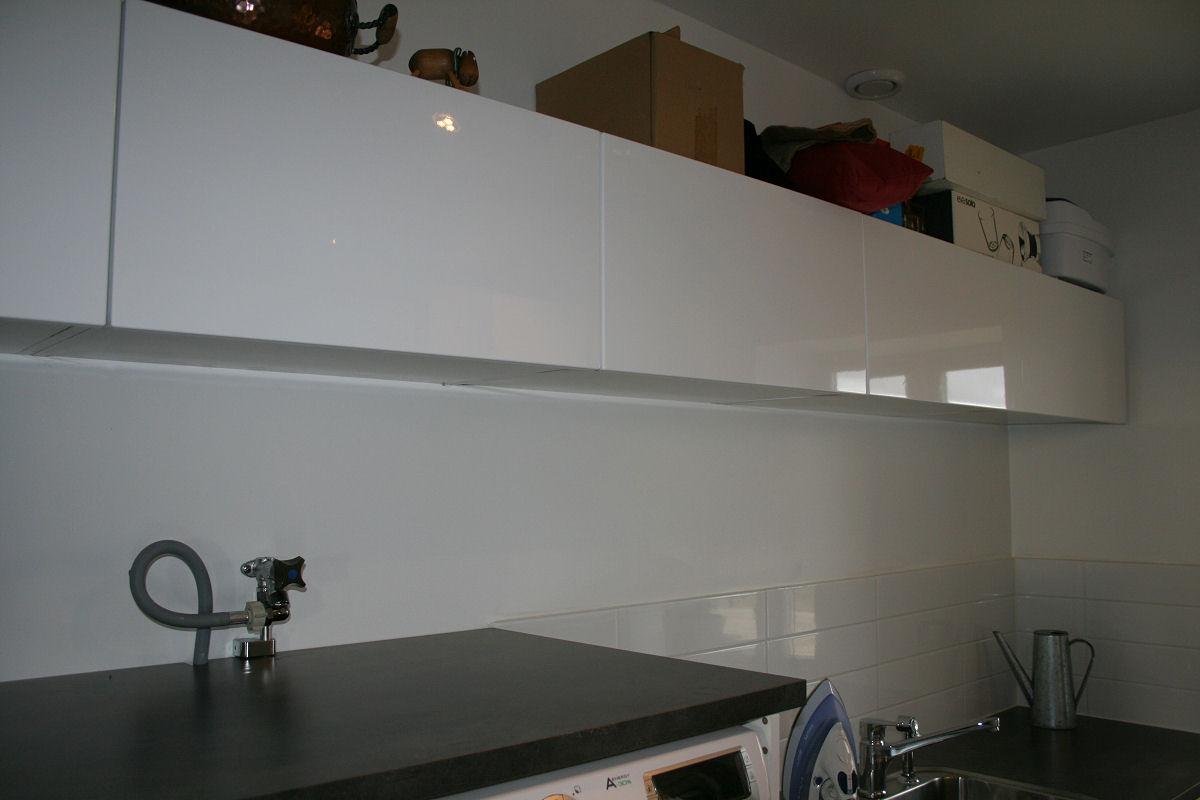 Liggande skåp badrum u2013 Rörmokare i huset!